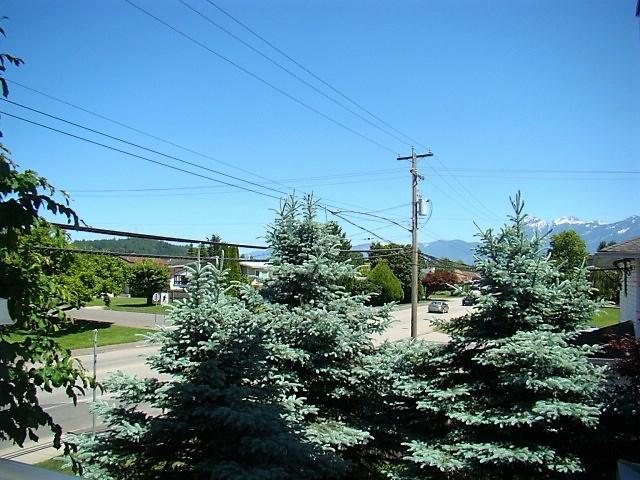 Condo Apartment at 104 46262 FIRST AVENUE, Unit 104, Chilliwack, British Columbia. Image 18