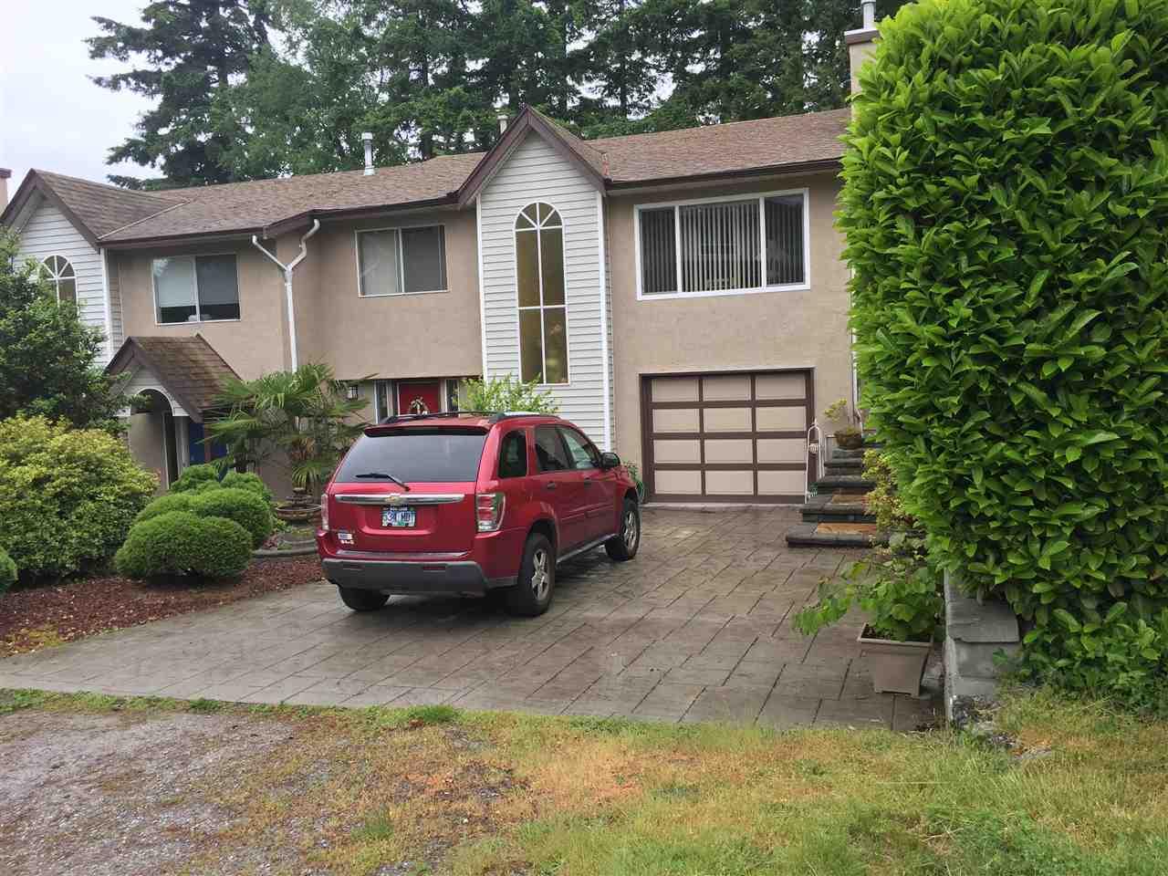 Half-duplex at 1445 VIDAL STREET, South Surrey White Rock, British Columbia. Image 2