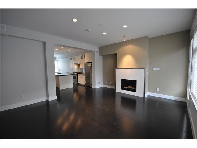 Townhouse at 5961 OAK STREET, Vancouver West, British Columbia. Image 4