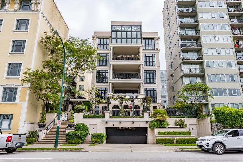Condo Apartment at 1 1483 BEACH AVENUE, Unit 1, Vancouver West, British Columbia. Image 2
