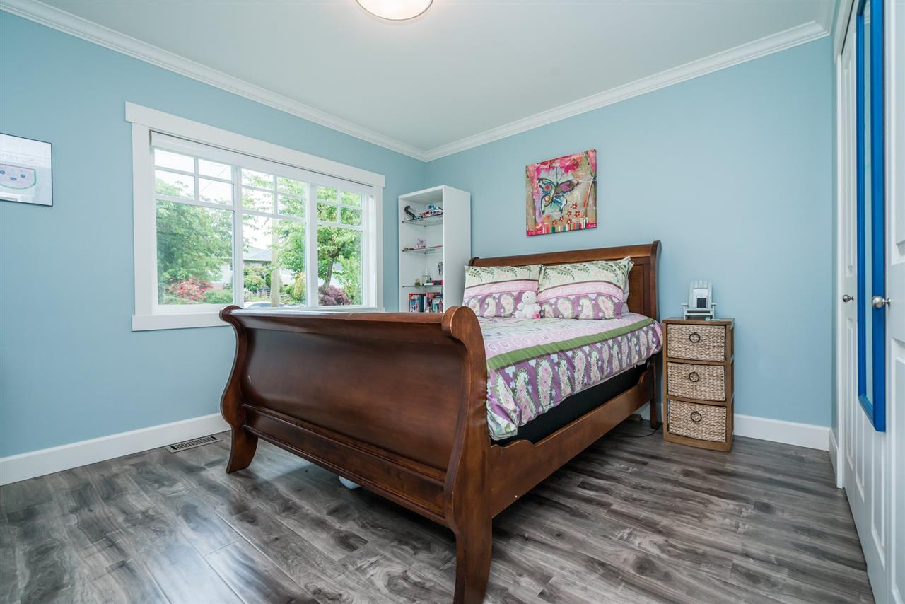 Detached at 3750 PORTLAND STREET, Burnaby South, British Columbia. Image 9