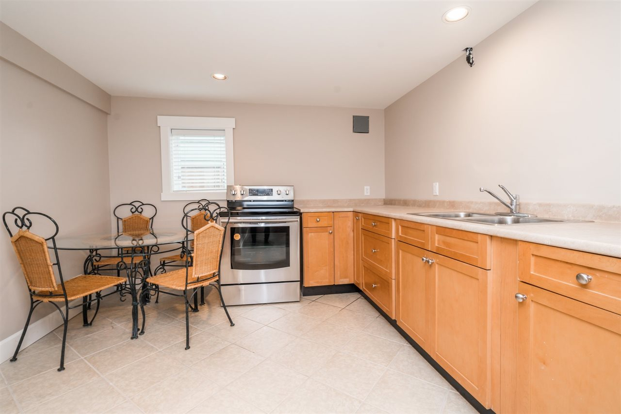 Detached at 3750 PORTLAND STREET, Burnaby South, British Columbia. Image 18