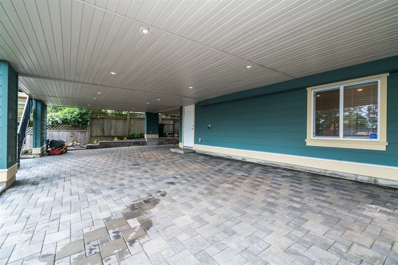 Detached at 3750 PORTLAND STREET, Burnaby South, British Columbia. Image 20
