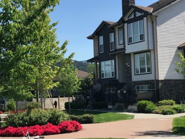 Half-duplex at 2 1261 MAIN STREET, Unit 2, Squamish, British Columbia. Image 1