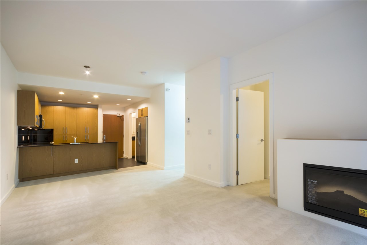 Condo Apartment at 102 3479 WESBROOK MALL, Unit 102, Vancouver West, British Columbia. Image 9