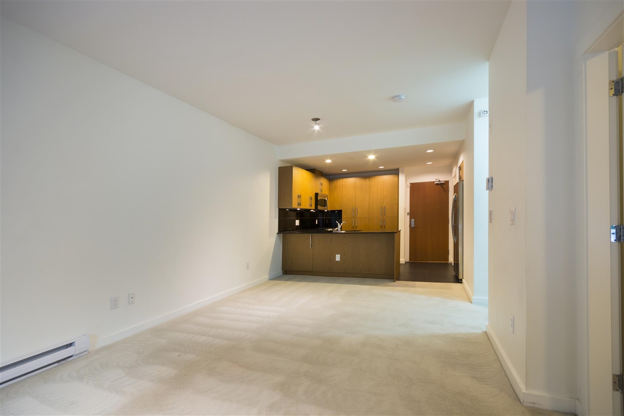 Condo Apartment at 102 3479 WESBROOK MALL, Unit 102, Vancouver West, British Columbia. Image 10