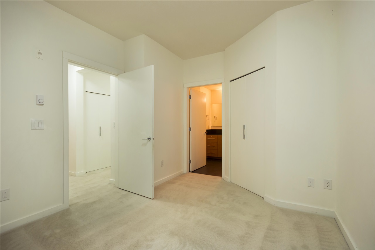 Condo Apartment at 102 3479 WESBROOK MALL, Unit 102, Vancouver West, British Columbia. Image 15