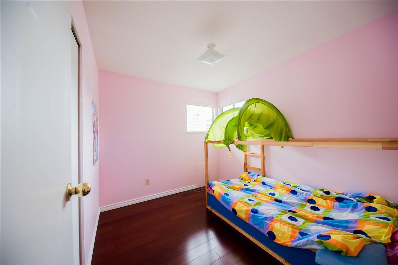 Half-duplex at 650 THOMPSON AVENUE, Coquitlam, British Columbia. Image 11