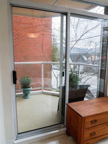 Condo Apartment at 206 3621 W 26TH AVENUE, Unit 206, Vancouver West, British Columbia. Image 13