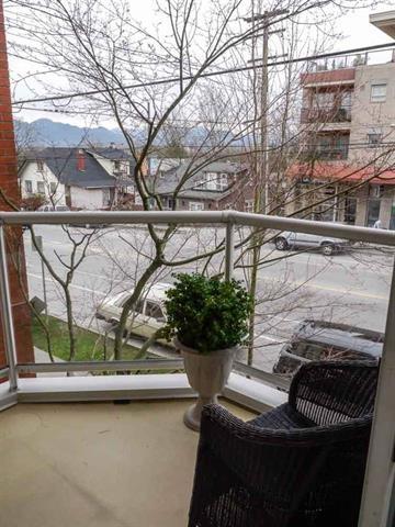 Condo Apartment at 206 3621 W 26TH AVENUE, Unit 206, Vancouver West, British Columbia. Image 15