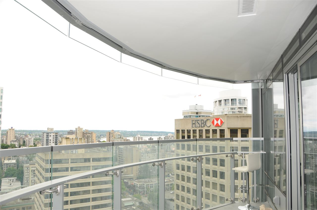 Condo Apartment at 2702 1151 W GEORGIA STREET, Unit 2702, Vancouver West, British Columbia. Image 3
