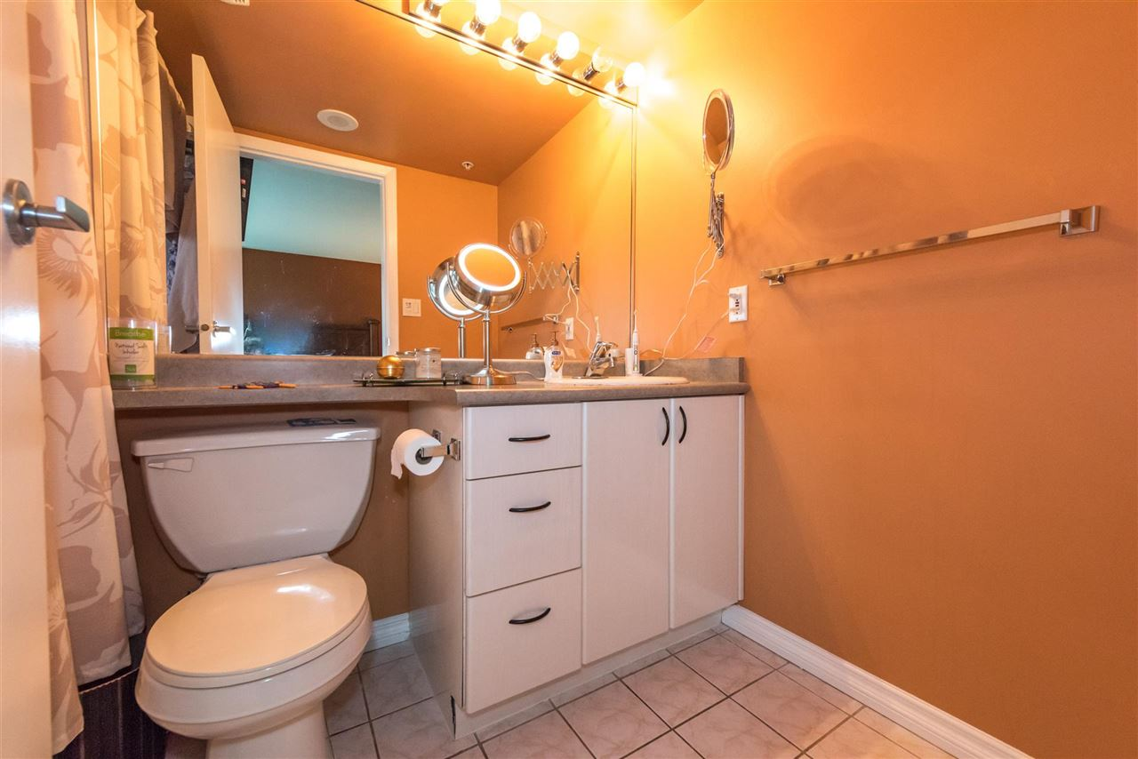 Condo Apartment at 710 2733 CHANDLERY PLACE, Unit 710, Vancouver East, British Columbia. Image 9