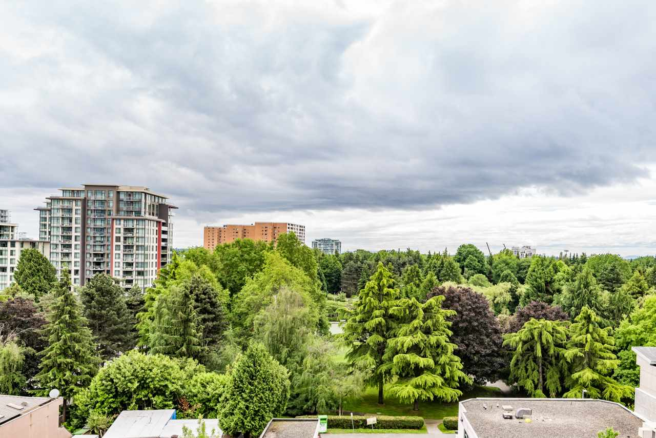 Condo Apartment at 1006 7373 WESTMINSTER HIGHWAY, Unit 1006, Richmond, British Columbia. Image 1