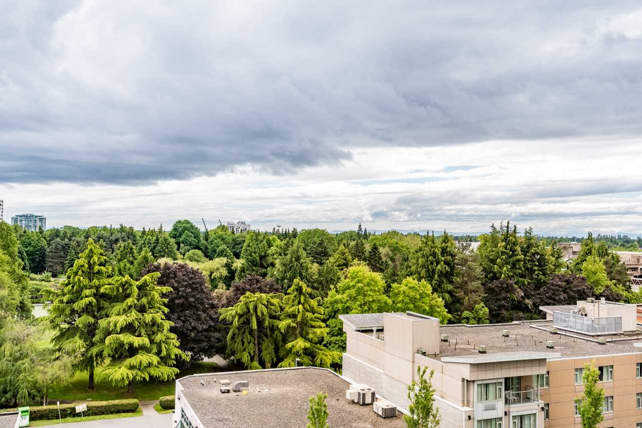 Condo Apartment at 1006 7373 WESTMINSTER HIGHWAY, Unit 1006, Richmond, British Columbia. Image 18