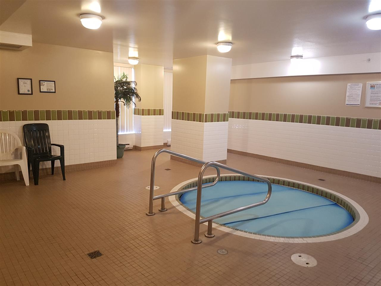 Condo Apartment at 1602 290 NEWPORT DRIVE, Unit 1602, Port Moody, British Columbia. Image 15