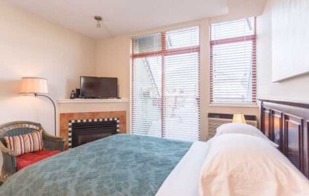 Condo Apartment at 414 4369 MAIN STREET, Unit 414, Whistler, British Columbia. Image 2