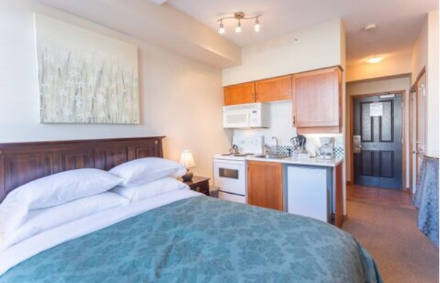 Condo Apartment at 414 4369 MAIN STREET, Unit 414, Whistler, British Columbia. Image 4