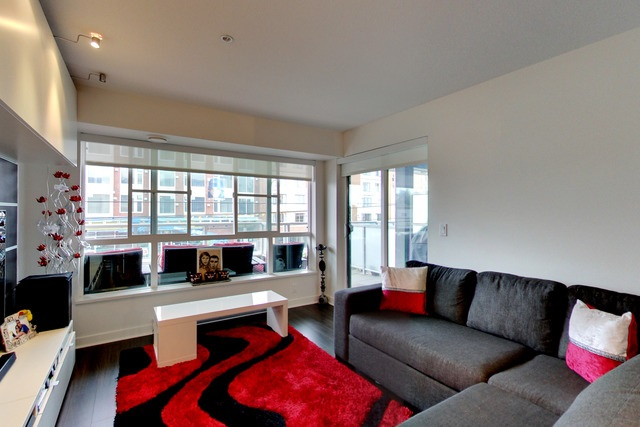 Condo Apartment at 213 2888 E 2ND AVENUE, Unit 213, Vancouver East, British Columbia. Image 5