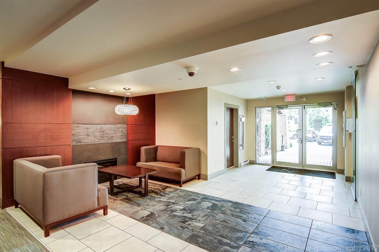 Condo Apartment at 212 6430 194 STREET, Unit 212, Cloverdale, British Columbia. Image 3