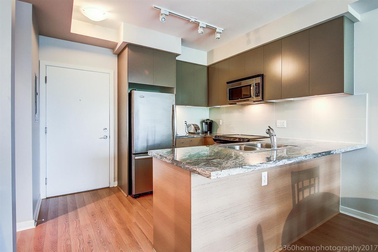 Condo Apartment at 212 6430 194 STREET, Unit 212, Cloverdale, British Columbia. Image 5