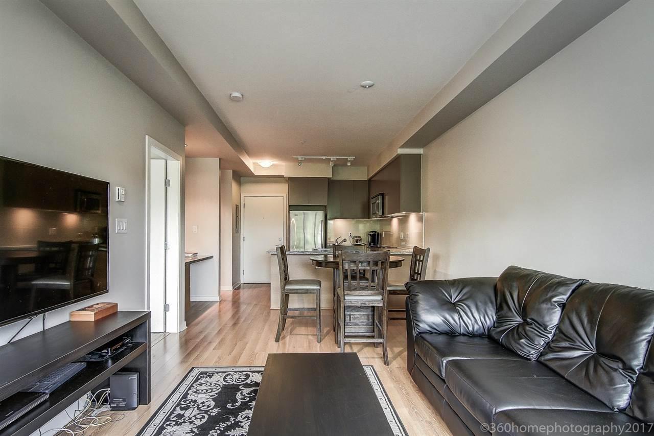 Condo Apartment at 212 6430 194 STREET, Unit 212, Cloverdale, British Columbia. Image 8