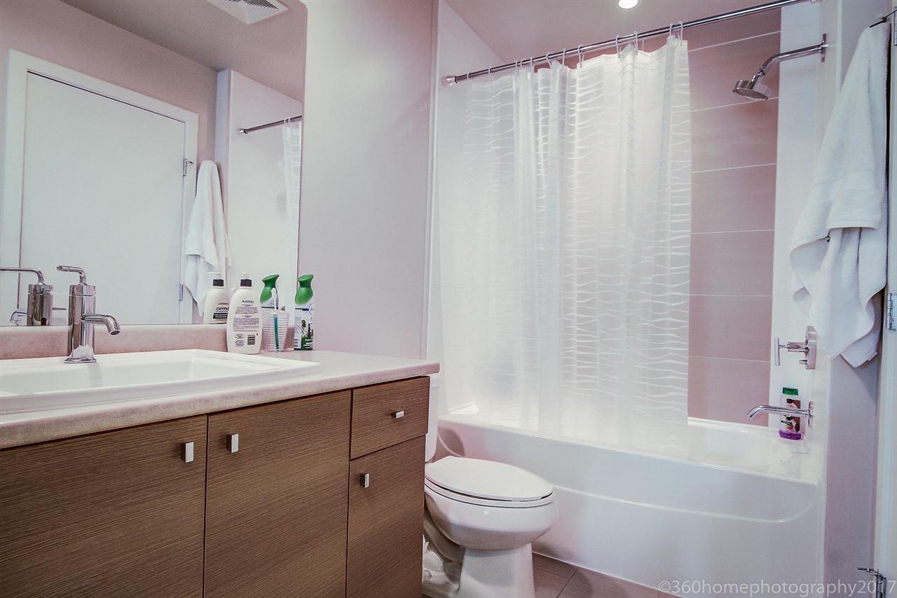 Condo Apartment at 212 6430 194 STREET, Unit 212, Cloverdale, British Columbia. Image 11