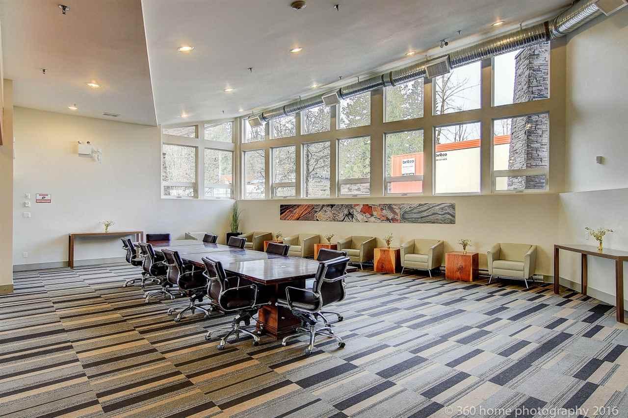 Condo Apartment at 212 6430 194 STREET, Unit 212, Cloverdale, British Columbia. Image 16