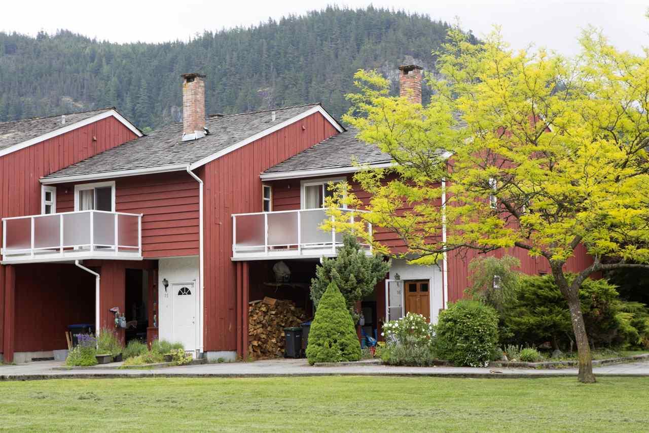 Townhouse at 15 1500 JUDD ROAD, Unit 15, Squamish, British Columbia. Image 15
