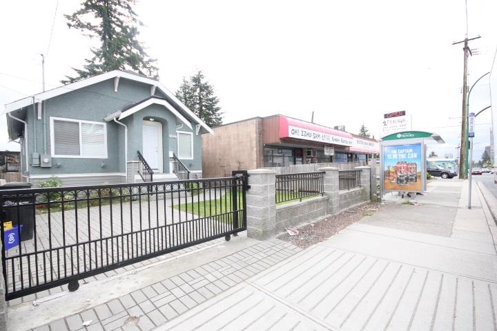 Detached at 7516 EDMONDS STREET, Burnaby East, British Columbia. Image 2