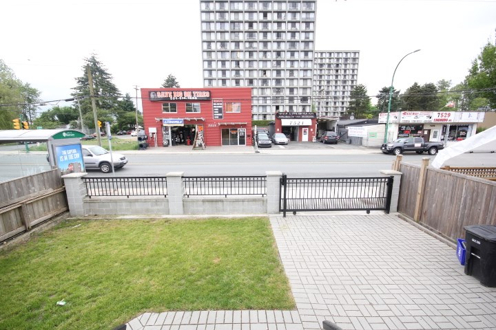Detached at 7516 EDMONDS STREET, Burnaby East, British Columbia. Image 3