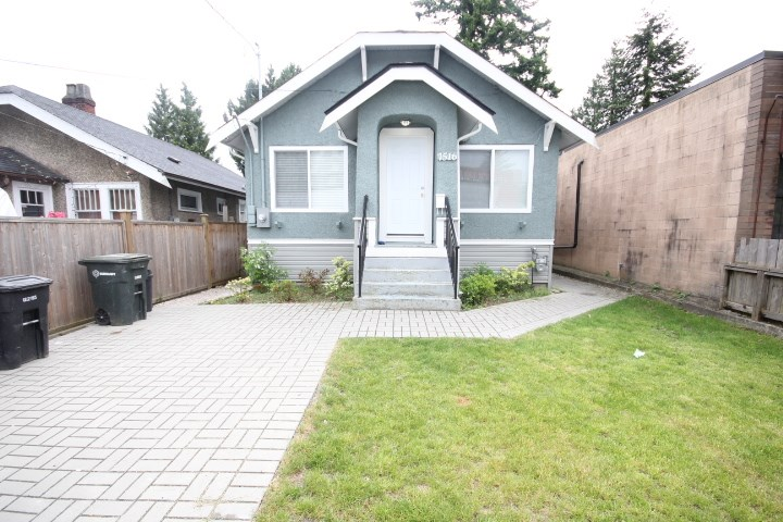 Detached at 7516 EDMONDS STREET, Burnaby East, British Columbia. Image 6