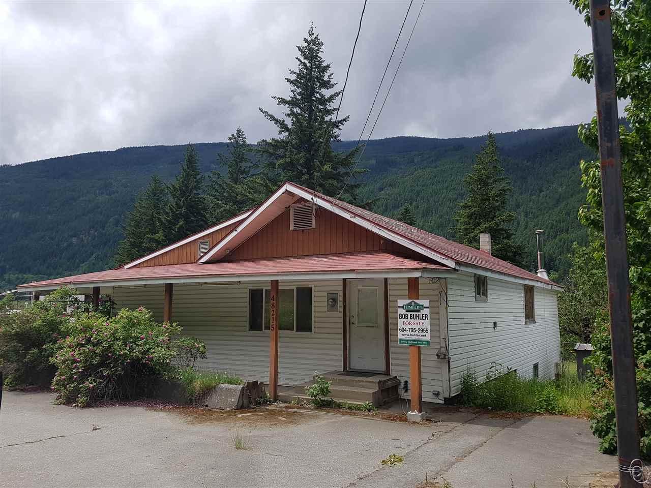 Detached at 48215 TRANS CANADA HIGHWAY, Hope, British Columbia. Image 1