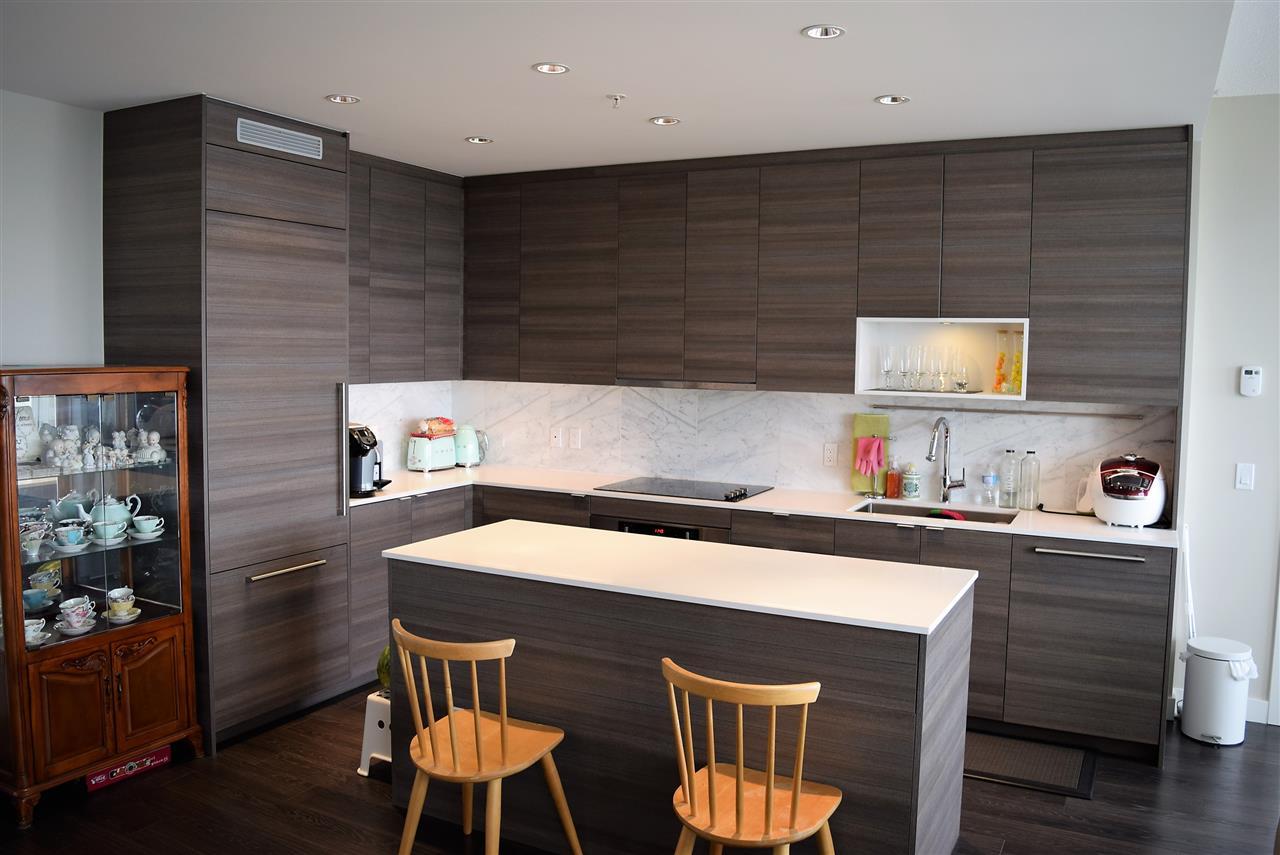 Condo Apartment at 3602 13398 104 AVENUE, Unit 3602, North Surrey, British Columbia. Image 2