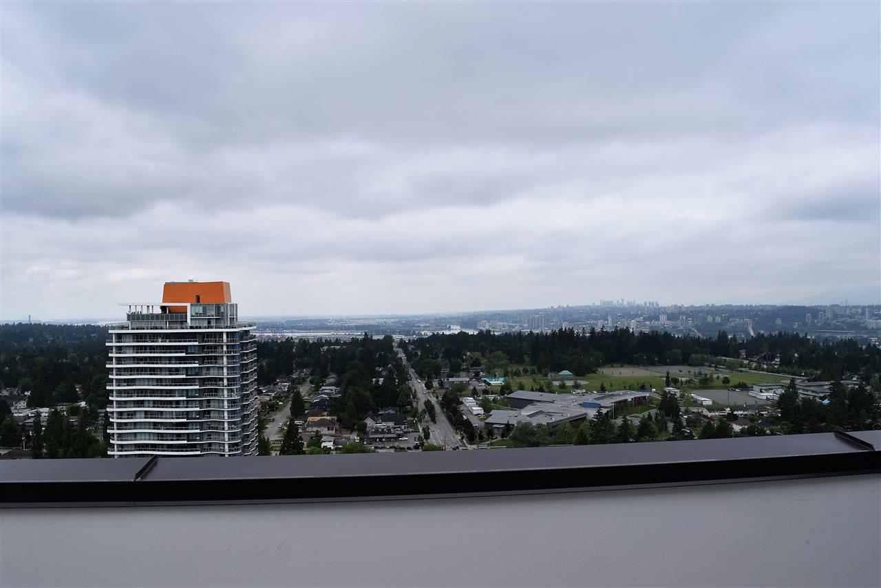 Condo Apartment at 3602 13398 104 AVENUE, Unit 3602, North Surrey, British Columbia. Image 14