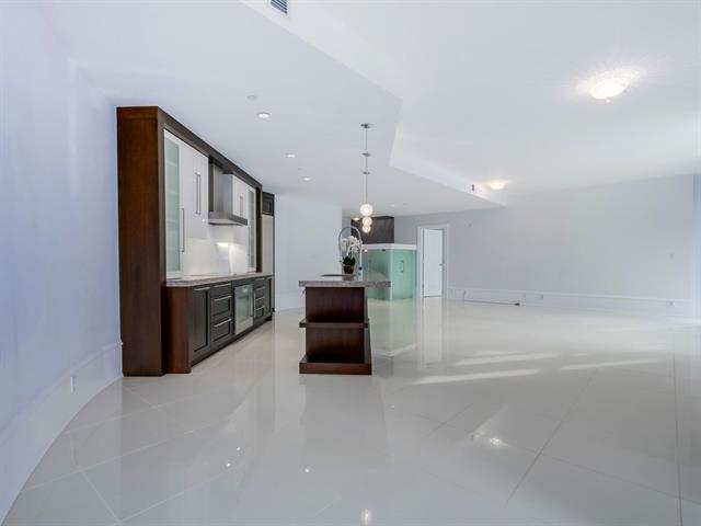 Condo Apartment at 304 1102 HORNBY STREET, Unit 304, Vancouver West, British Columbia. Image 6