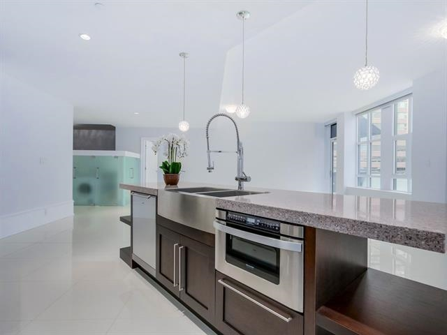 Condo Apartment at 304 1102 HORNBY STREET, Unit 304, Vancouver West, British Columbia. Image 11
