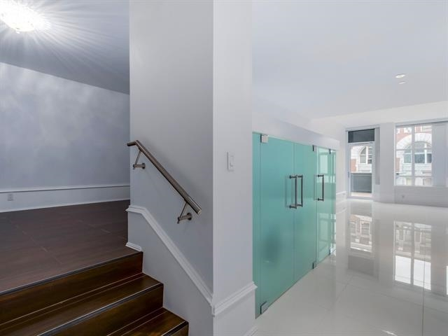 Condo Apartment at 304 1102 HORNBY STREET, Unit 304, Vancouver West, British Columbia. Image 12
