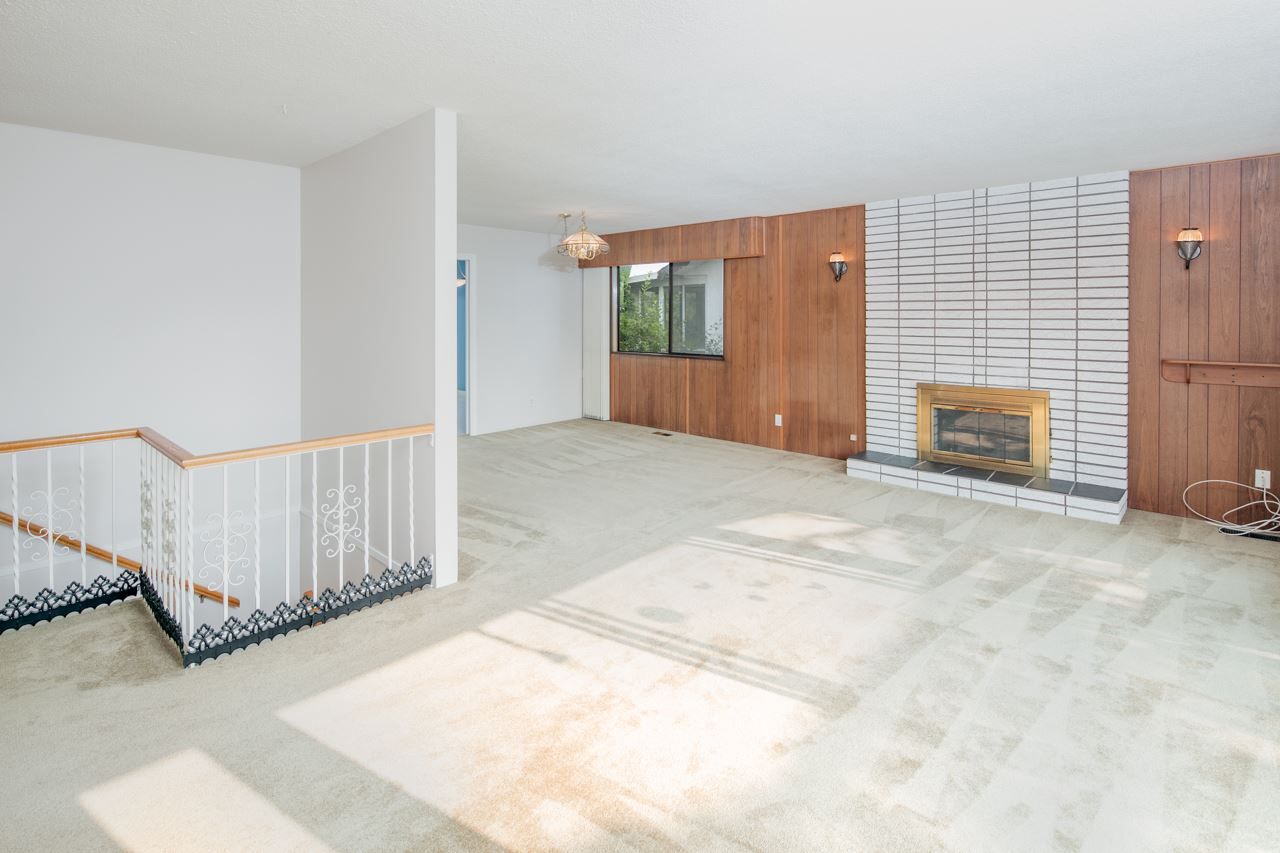 Detached at 7180 PARRY STREET, Richmond, British Columbia. Image 2