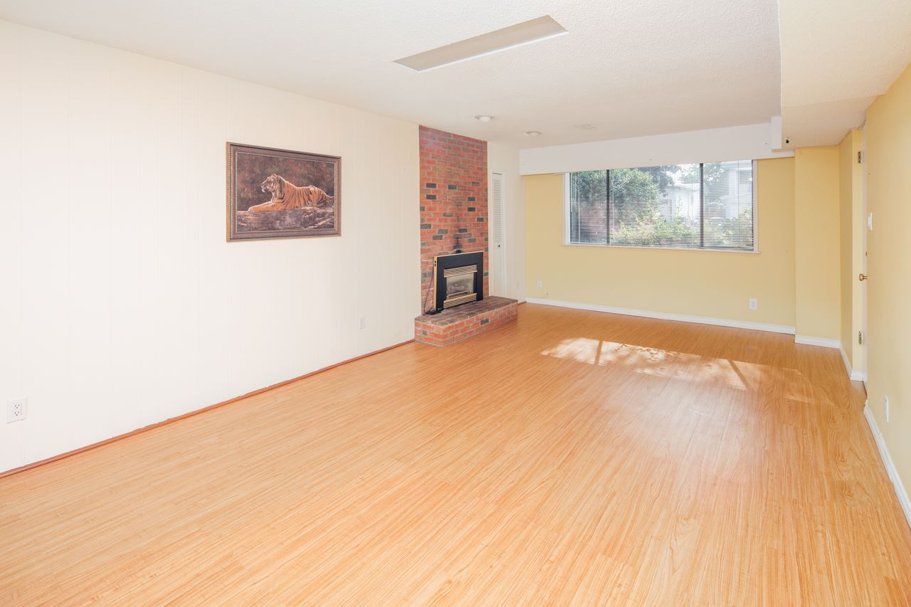 Detached at 7180 PARRY STREET, Richmond, British Columbia. Image 11