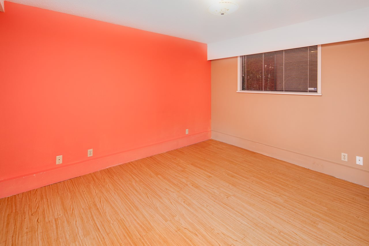 Detached at 7180 PARRY STREET, Richmond, British Columbia. Image 13