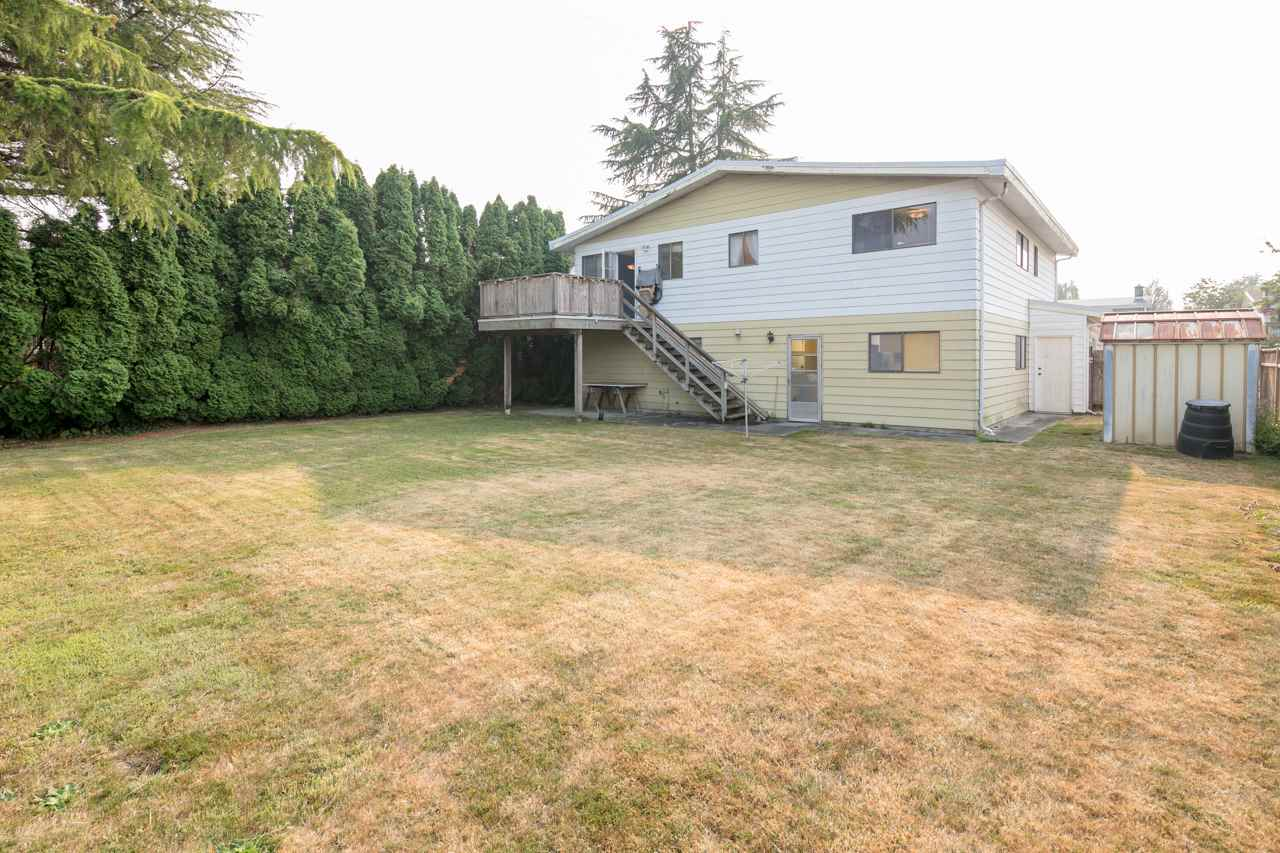 Detached at 7180 PARRY STREET, Richmond, British Columbia. Image 16