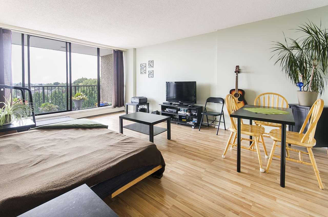 Condo Apartment at 706 9300 PARKSVILLE DRIVE, Unit 706, Richmond, British Columbia. Image 1
