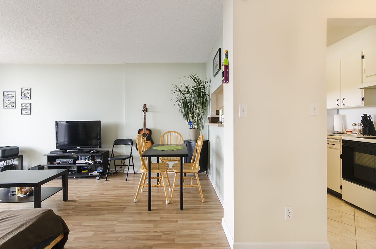 Condo Apartment at 706 9300 PARKSVILLE DRIVE, Unit 706, Richmond, British Columbia. Image 2