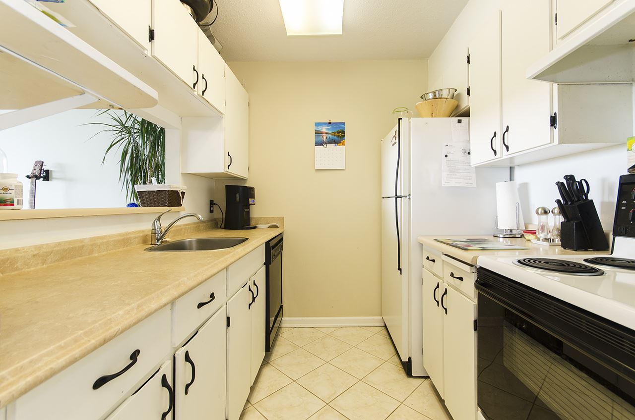 Condo Apartment at 706 9300 PARKSVILLE DRIVE, Unit 706, Richmond, British Columbia. Image 4