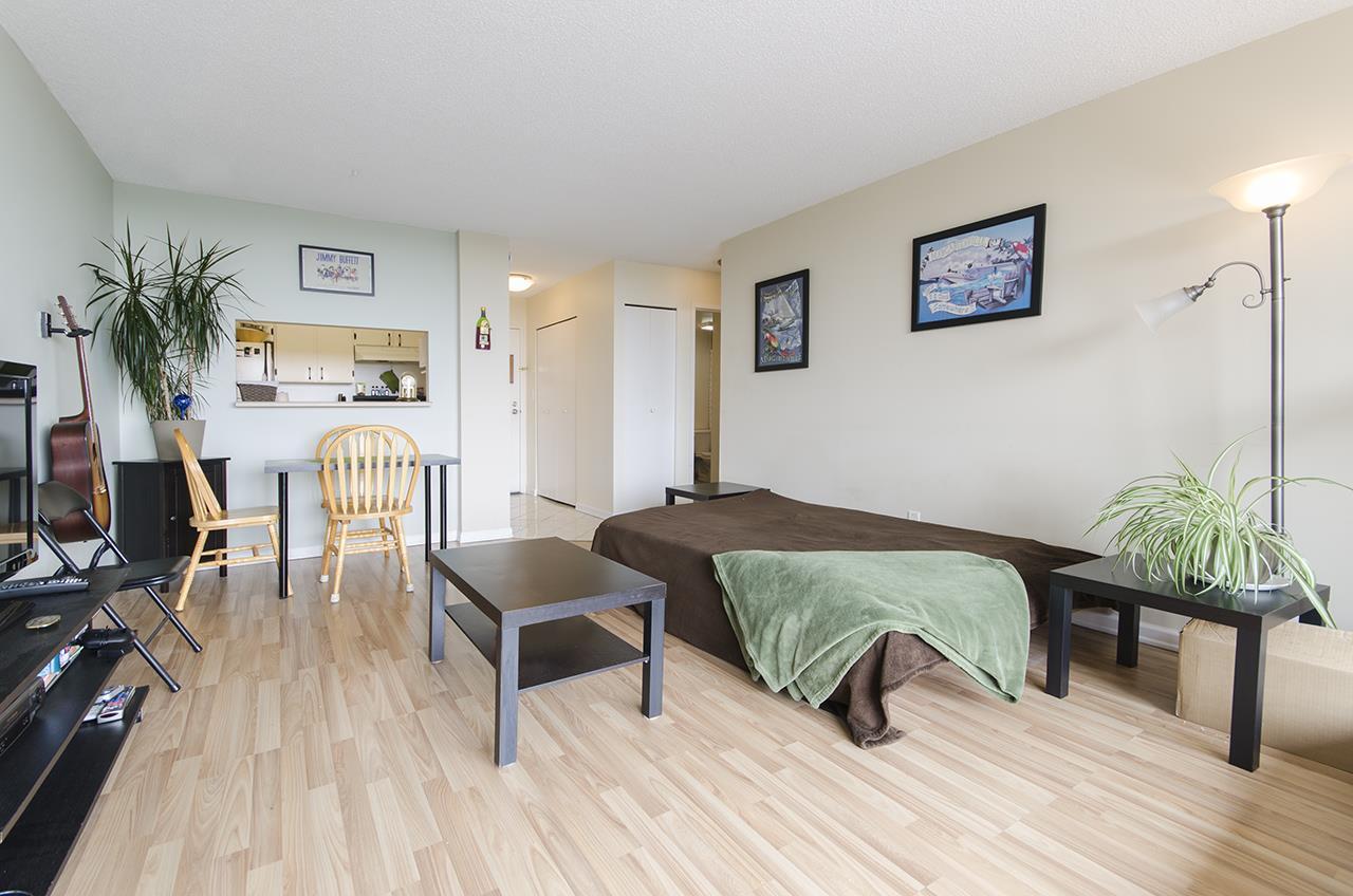 Condo Apartment at 706 9300 PARKSVILLE DRIVE, Unit 706, Richmond, British Columbia. Image 6