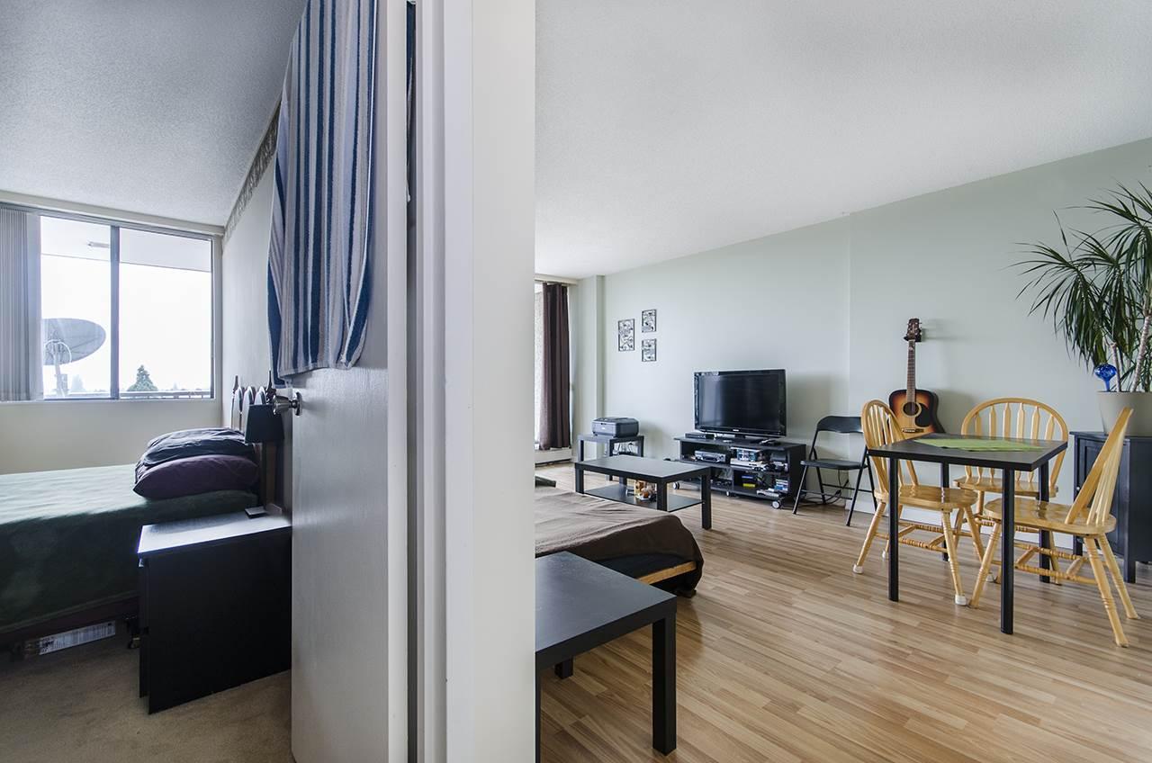 Condo Apartment at 706 9300 PARKSVILLE DRIVE, Unit 706, Richmond, British Columbia. Image 8