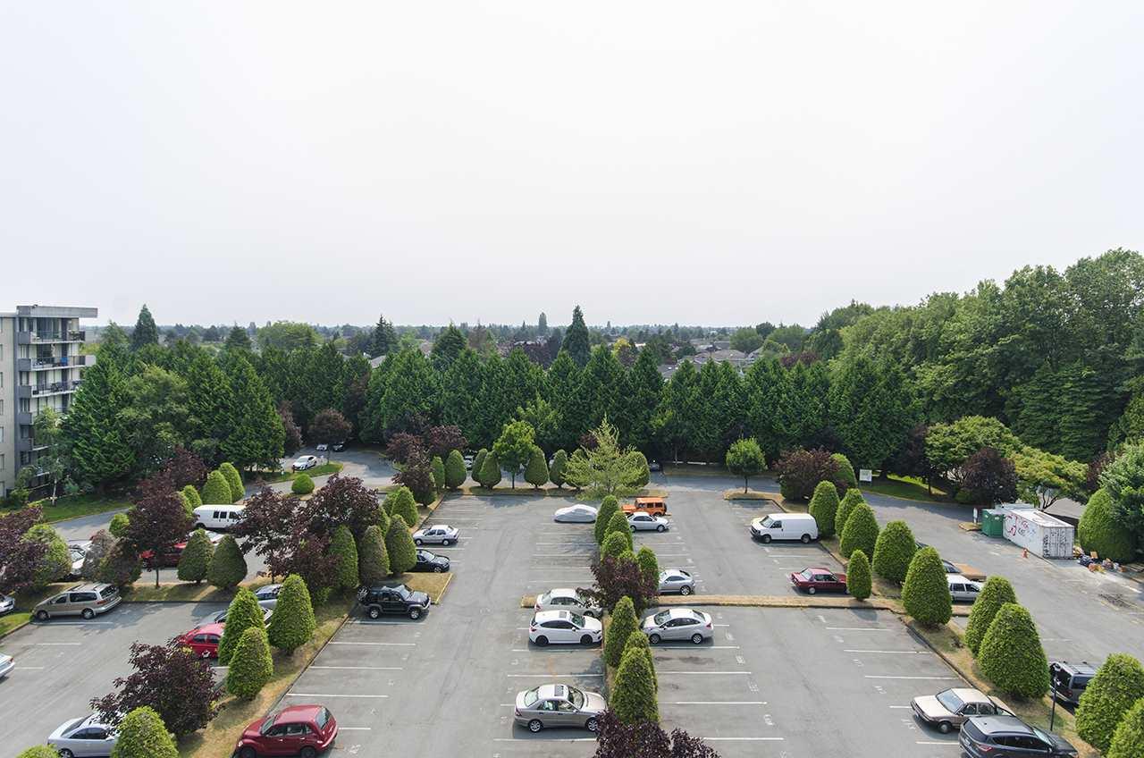 Condo Apartment at 706 9300 PARKSVILLE DRIVE, Unit 706, Richmond, British Columbia. Image 12