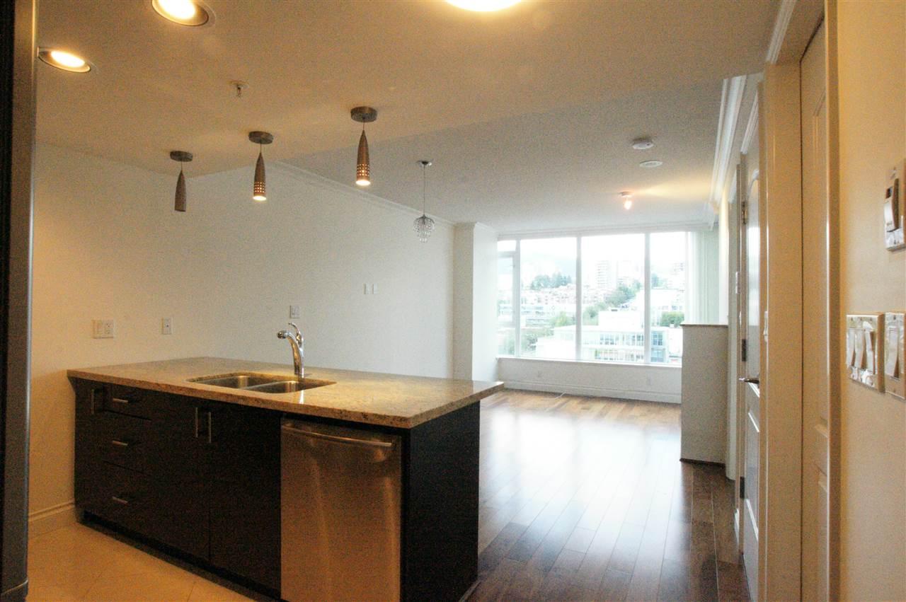 Condo Apartment at 1006 133 E ESPLANADE BOULEVARD, Unit 1006, North Vancouver, British Columbia. Image 6