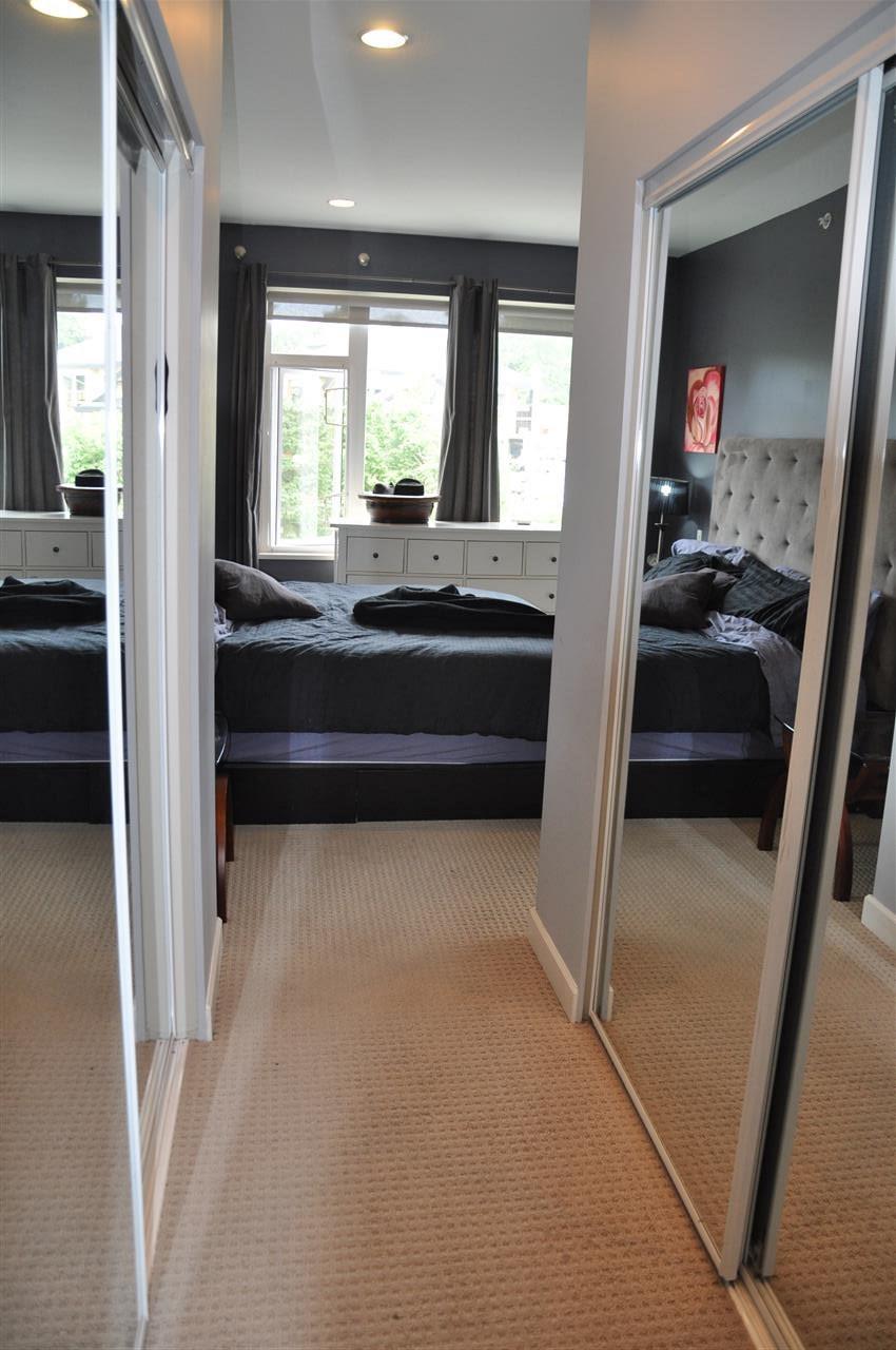 Condo Apartment at 12 5780 TRAIL AVENUE, Unit 12, Sunshine Coast, British Columbia. Image 11