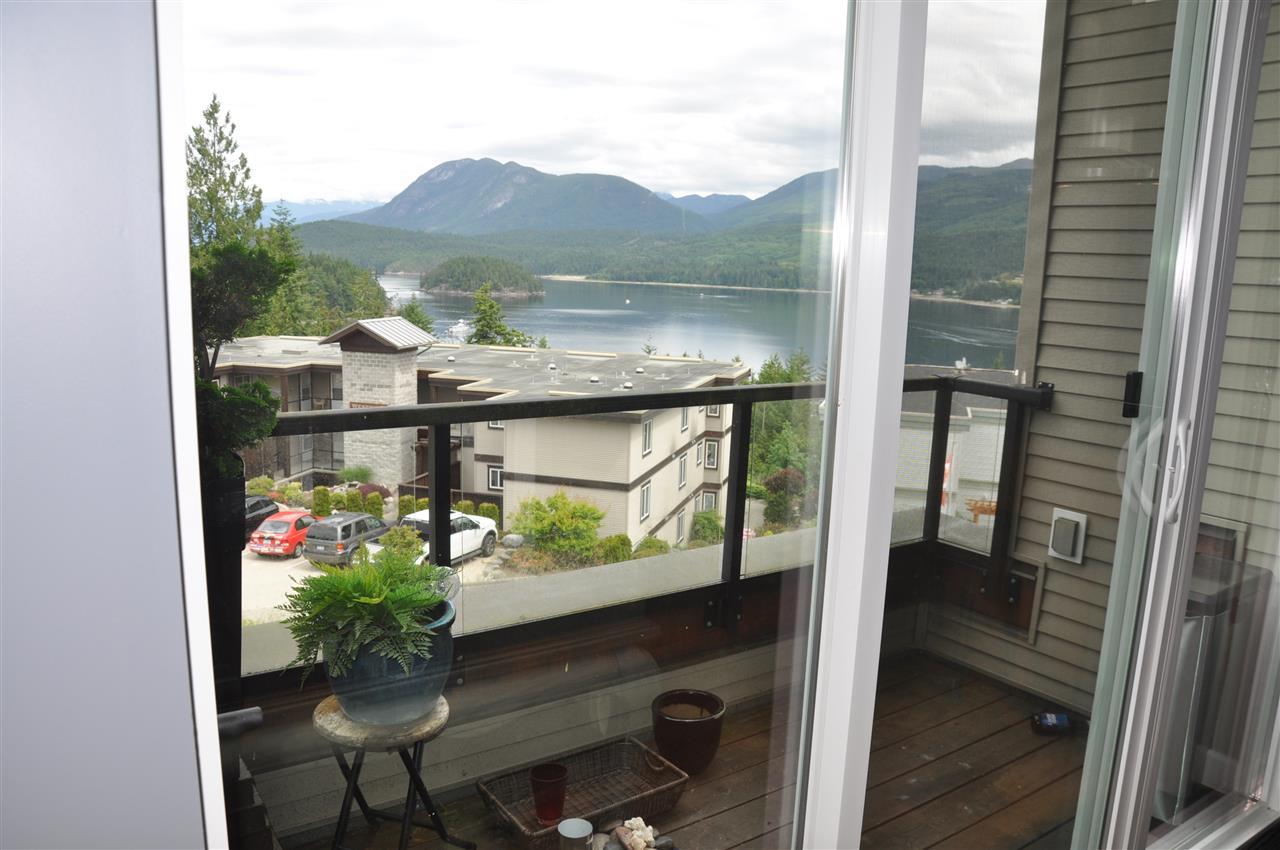 Condo Apartment at 12 5780 TRAIL AVENUE, Unit 12, Sunshine Coast, British Columbia. Image 16